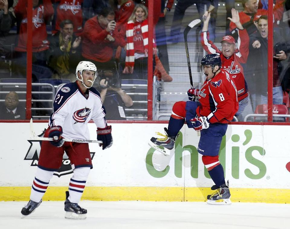 Marcus Johansson's Strong Move to the Net, Alex Ovechkin's