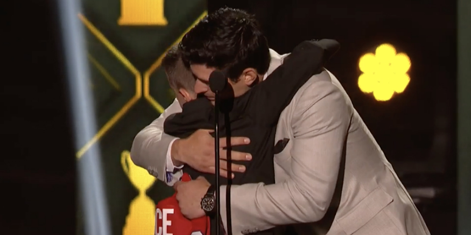 Carey Price reunites with young fan for emotional NHL Awards moment